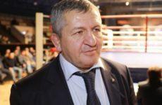 Абдулманап Нурмагомедов не тренировал подозреваемого в убийстве сотрудника Росгвардии