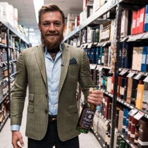 МакГрегор не станет пить виски с Мейвезером и Нурмагомедовым