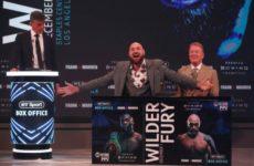 Тайсон Фьюри назвал Энтони Джошуа потрясающим бойцом, а Эдди Хирна крутым промоутером