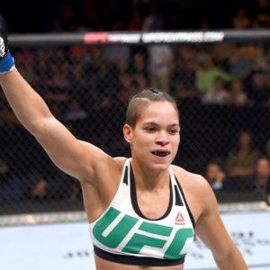 UFC 232: Аманда Нуньес - первая чемпионка UFC в двух весовых категориях