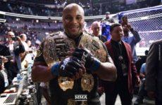 Даниэль Кормьепризнан лучшим бойцом года в смешанных единоборствах по версии «ESPN»