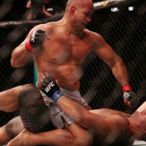 UFC Fight Night 142: Джуниор Дос Сантос нокаутировал Тая Туивасу