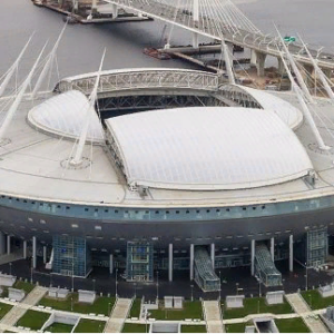 UFC планирует провести турнир в России на стадионе «Газпром Арена»