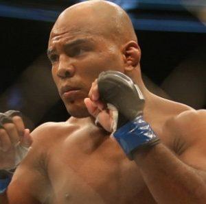 Видео боя Вилсон Рейс — Алешандре Пантожа UFC 236