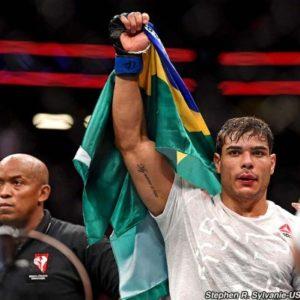 Пауло Коста высмеял чемпионство Исраэля Адесаньи