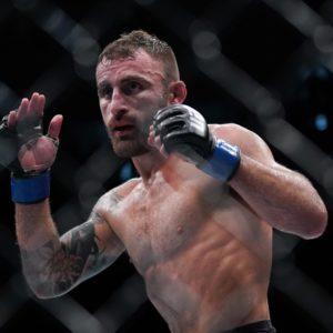 Тренер Алекса Волкановски возмущен решением UFC назначить бой Фрэнки Эдгар – Макс Холлоуэй