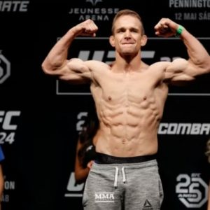 Видео боя Дамир Хадзович — Кристос Гиагос UFC Fight Night 153