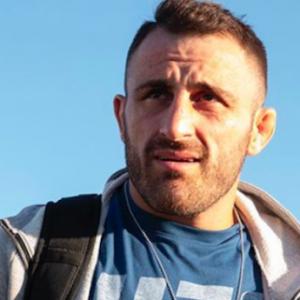 Алекс Волкановски уже дома после госпитализации в Чили