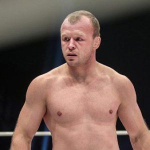 Александр Шлеменко победил Вискарди Андраде на RCC 6