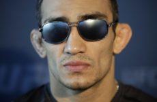 Тони Фергюсона расстроил тот факт, что его изображения нет на постере UFC 238