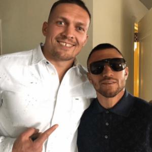 Усик и Ломаченко будут присутствовать на бое Уайта и Риваса