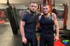 Хабиб Нурмагомедов рассказал почему он будет драться раньше своего брата, несмотря на клятву