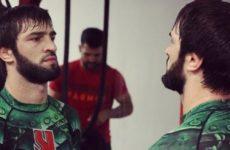 Зубайра Тухугов проводит подготовку к UFC 242 в Таиланде
