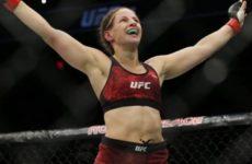 Сара Морас победила Лиану Джоджуа на UFC 242
