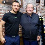 Боб Арум начал искать нового соперника для Василия Ломаченко