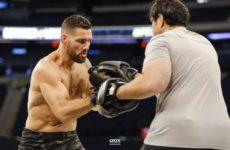 Тренер Вайдмана: «Не хочется так думать, но сгонка веса могла влиять на Криса в 185 фунтах»
