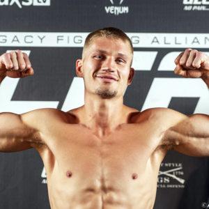 Видео боя Остин Хаббард — Винс Пичел UFC on ESPN 29