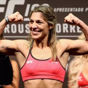 Видео боя Бет Коррейя — Кароль Роса UFC Fight Night 193